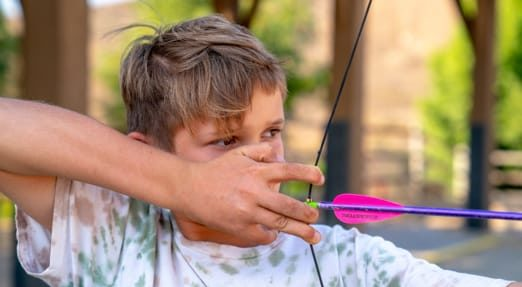 boy-at-archery