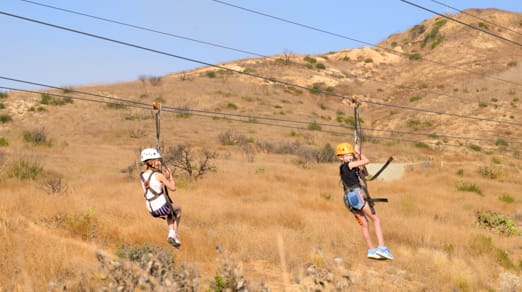girls-ziplining